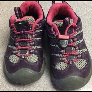 Toddler Keen Hiking Shoes